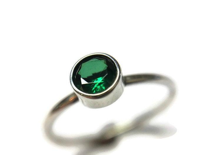 Emerald Ring 5mm