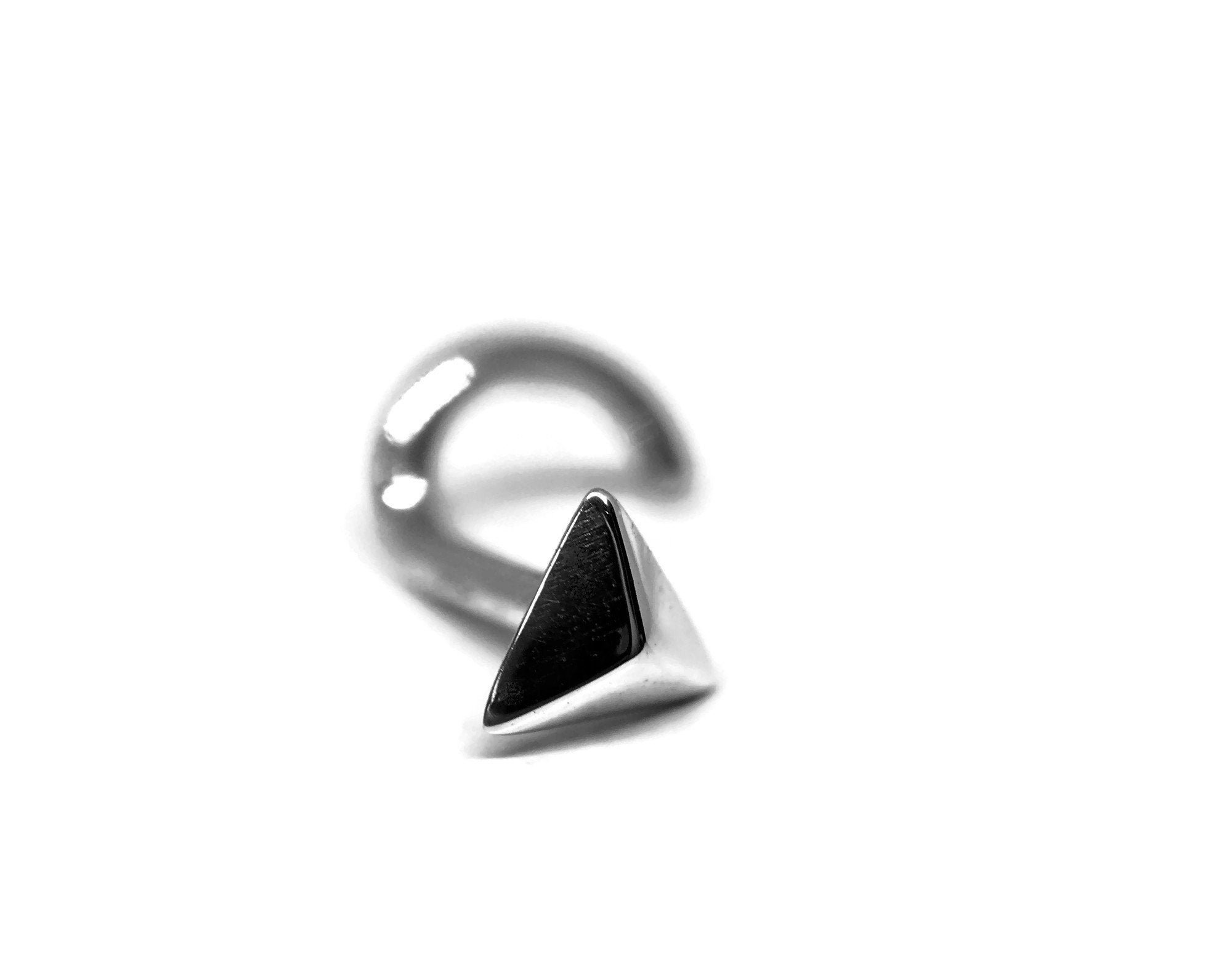 Pyramid Nose Stud